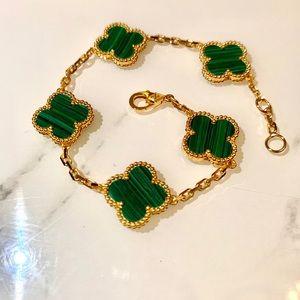 VCA Emerald green Alhambra clover bracelet
